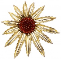 Sarah Coventry Pale Gold Tone Starburst Flower Brooch, 1960s